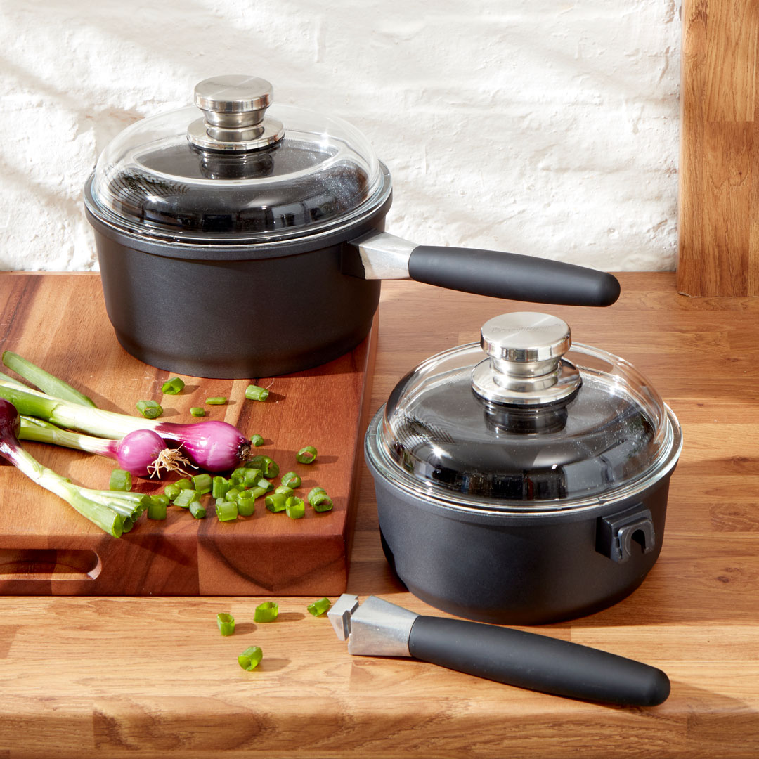 Non-Stick Saucepan With Lid